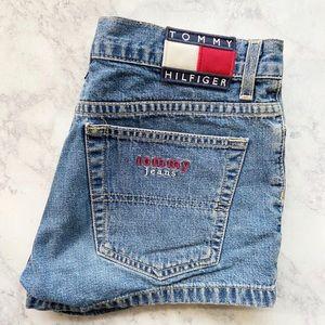 Tommy Hilfiger VINTAGE jean shorts size 5 mom